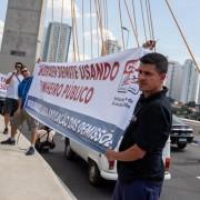 Manifestação na Ponte Estaiada