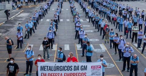 Sindicato realiza assembleia sobre layoff com metalúrgicos da GM