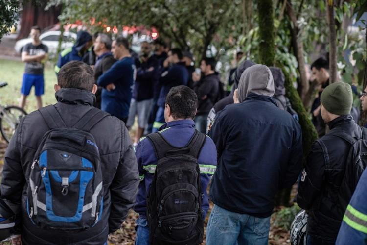 Metalúrgicos da Gerdau entram em greve por aumento real e vale-alimentação