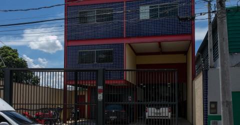 Empresário dispara arma de fogo em fábrica
