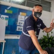 Weller Gonçalves vota na JC Hitachi