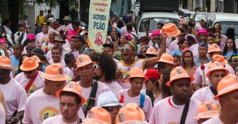 Com crítica à reforma da Previdência, Acorda Peão faz seu 21º desfile