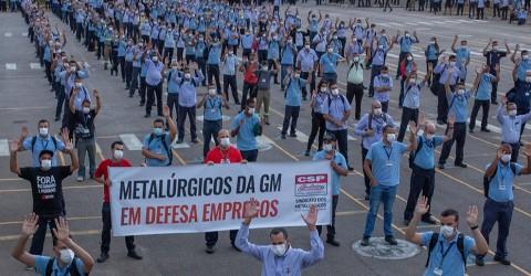 Metalúrgicos da General Motors aprovam layoff com estabilidade no emprego