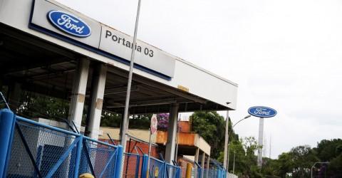 Ford anuncia fechamento de fábricas no Brasil. Medida é intolerável!