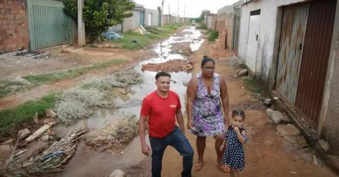 O drama de quem nem tem água em casa