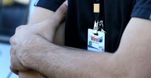 Metalúrgicos da Wirex Cable cruzam os braços contra atraso no salário