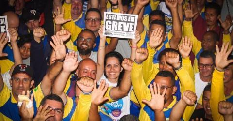 Trabalhadores dos Correios entram em greve em todo país