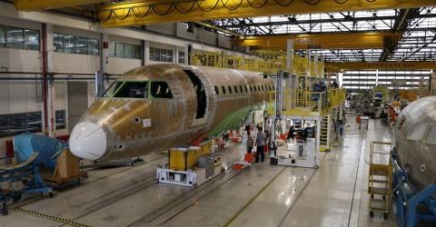 Sindicato alerta clientes da Embraer sobre condições de trabalho na fábrica
