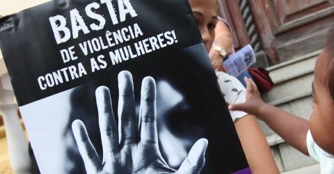 Mulheres na luta pela vida! Fora Bolsonaro, vacina para toda população e auxílio emergencial, já!