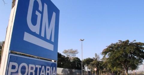 Trabalhador tem parte do dedo amputada em acidente na GM