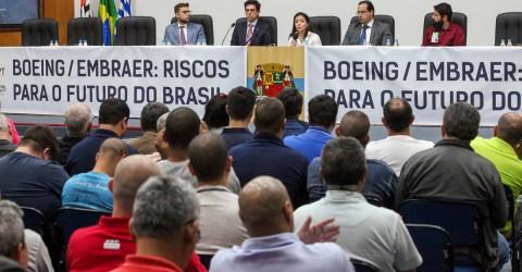 Venda da Embraer representa risco para o Brasil, dizem especialistas