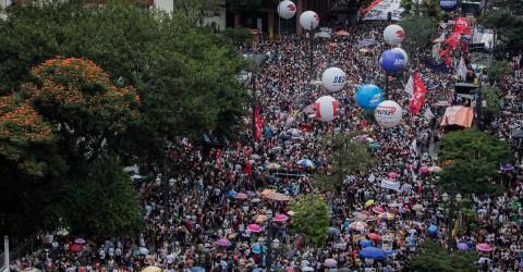 Com greve, servidores de São Paulo derrotam reforma da Previdência tucana