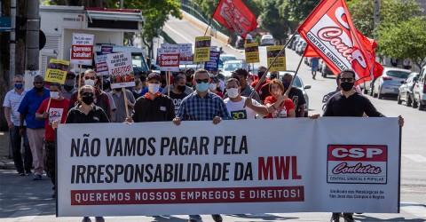 Trabalhadores fazem nova manifestação contra fechamento da MWL
