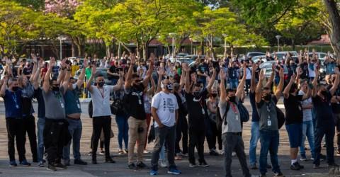Metalúrgicos rejeitam proposta da Ericsson e aprovam aviso de greve