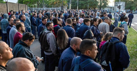 Embraer vai pagar a segunda menor PLR do setor aeronáutico da região