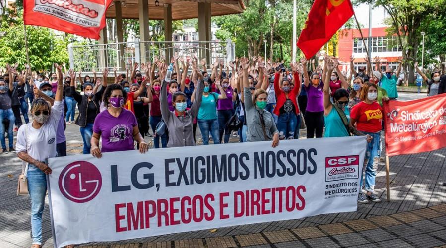Trabalhadoras rejeitam proposta patronal