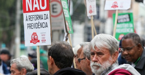 Com reforma da Previdência, aposentadoria sofrerá corte de até 40%