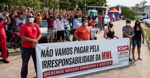 Em defesa dos empregos, metalúrgicos da MWL votam pela continuidade da greve