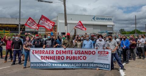 Trabalhador da Embraer aprova calendário de mobilizações contra demissões