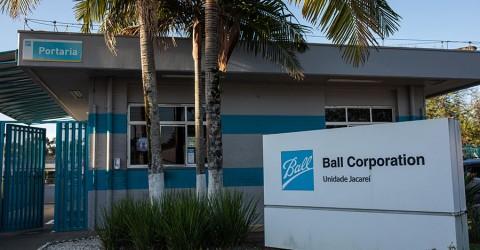 Metalúrgicos da Ball aprovam PLR e poderão receber até dois salários