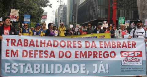 No to the layoffs at Embraer