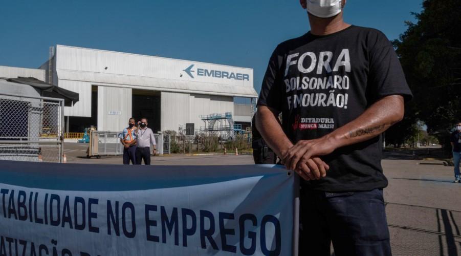 Trabalhadores aprovam greve e fim de supersalários na Embraer | Sindicato  dos Metalúrgicos de São José dos Campos e Região