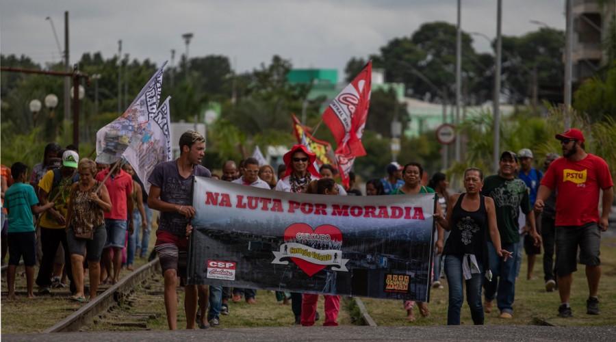 Passeata em defesa da moradia realizada em 2019